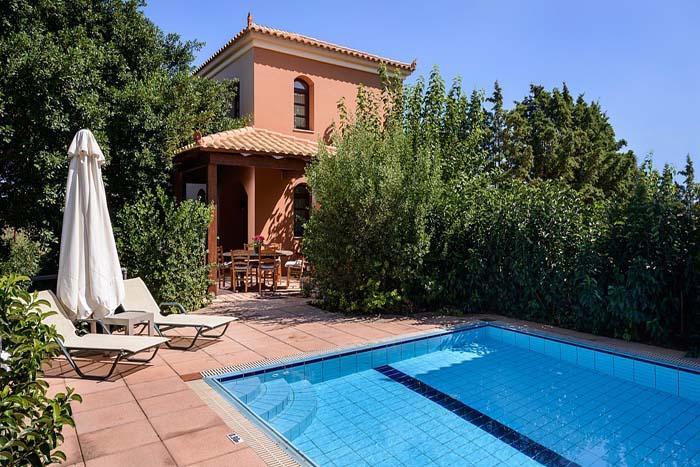 Villa Dahlia, holiday rental in Vlacheronitissa