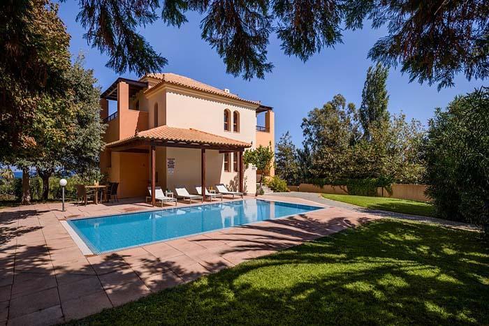 Villa Rose, holiday rental in Vlacheronitissa