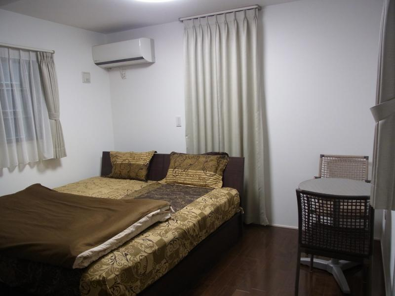 Comfortable room available for rent