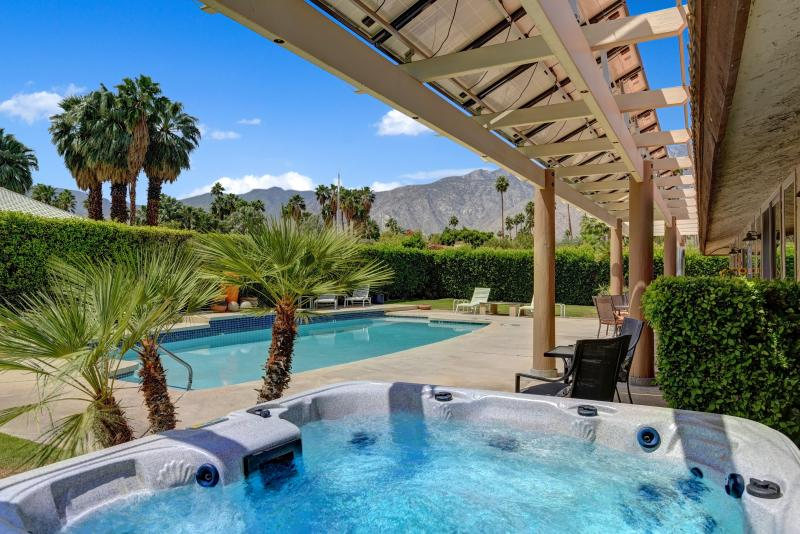 Hip, eco-friendly Palm Springs Oasis, holiday rental in Palm Springs