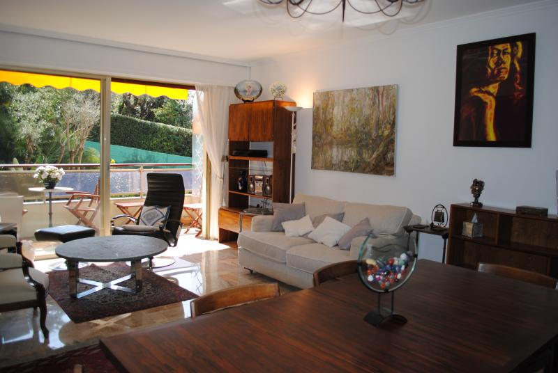 Appartement 6 couchages proche Cannes, casa vacanza a Le Cannet