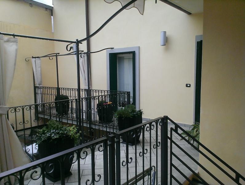 B&B LA CORTE, holiday rental in Peschiera Maraglio