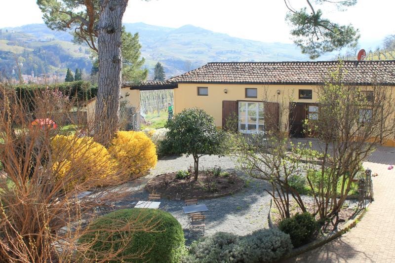 Tenuta Fagnanetto Appartamento Vigna, holiday rental in Canelli