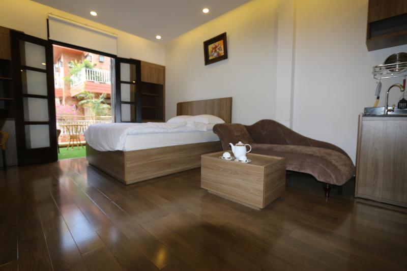 Quite cozy studio apartment, holiday rental in Ho Chi Minh City