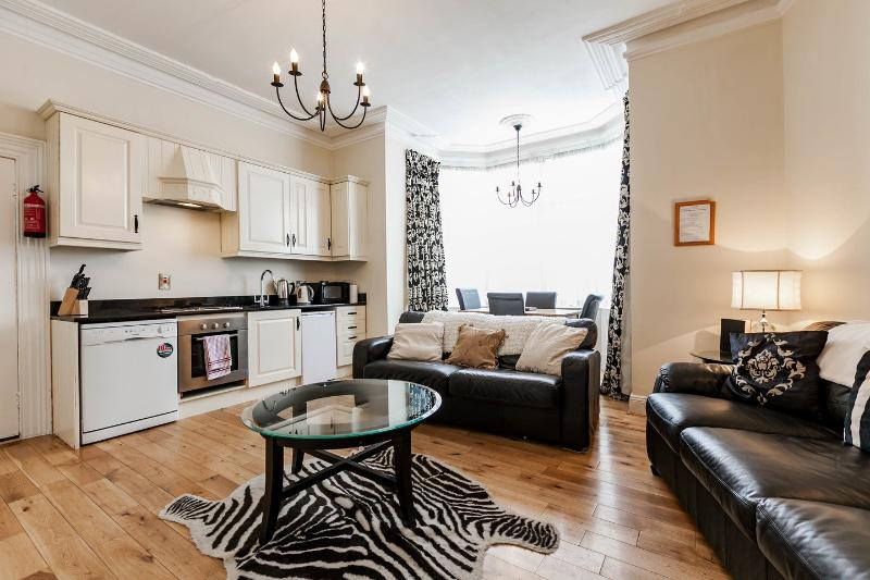 The Michael Collins apartment., holiday rental in Templeogue