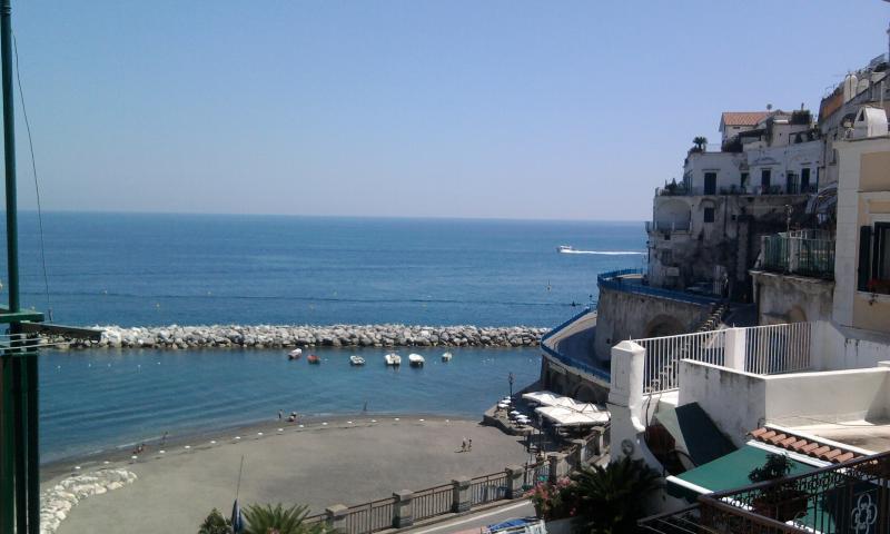 Ρομαντικό στούντιο, μόλις λίγα βήματα από την παραλία στην ακτή Αμάλφι.