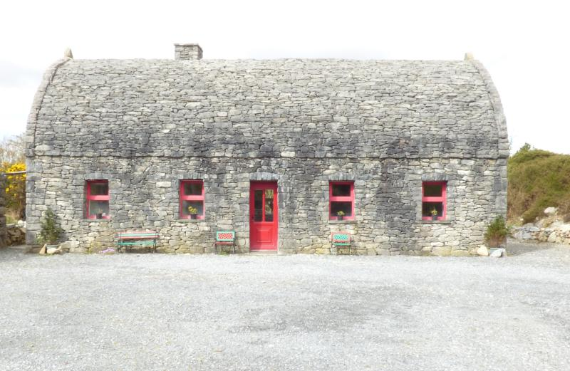 Stone House, holiday rental in Galway