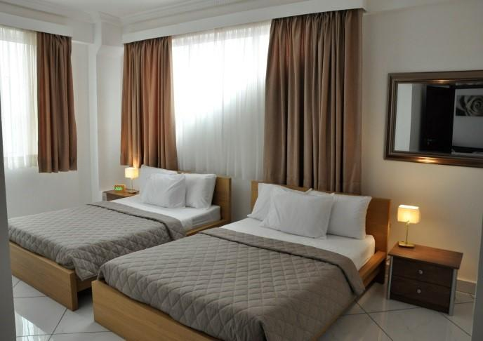 Le Suites Serviced Apartments, holiday rental in Sakumona