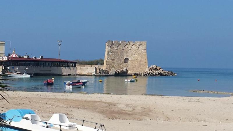 Torre Santa Sabina 20 mt dal mare, vacation rental in Carovigno