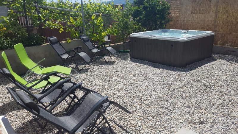 Hot tube and loungers