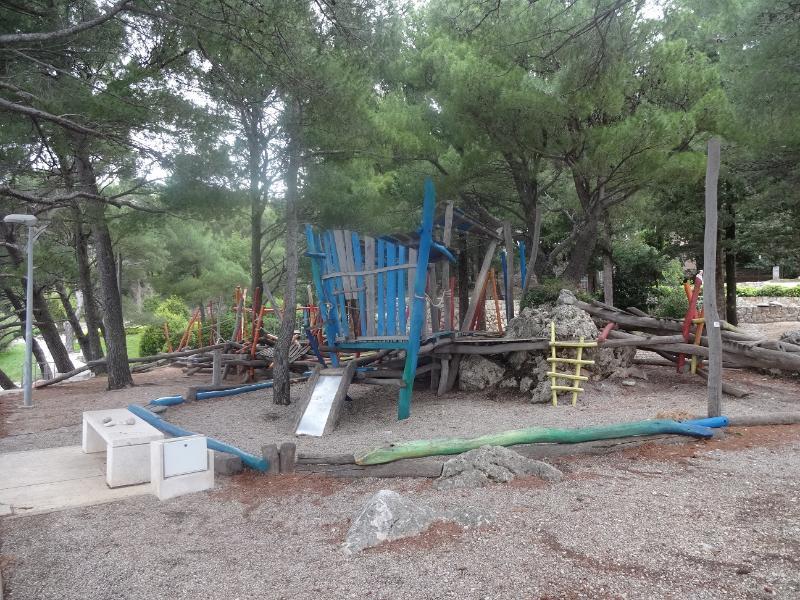 Kid's playground 3
