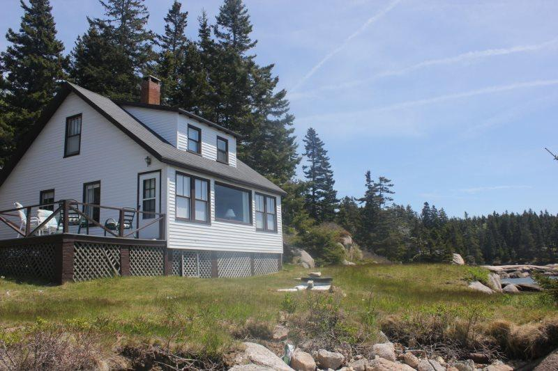 ROCKMERE - Stonington, holiday rental in North Haven