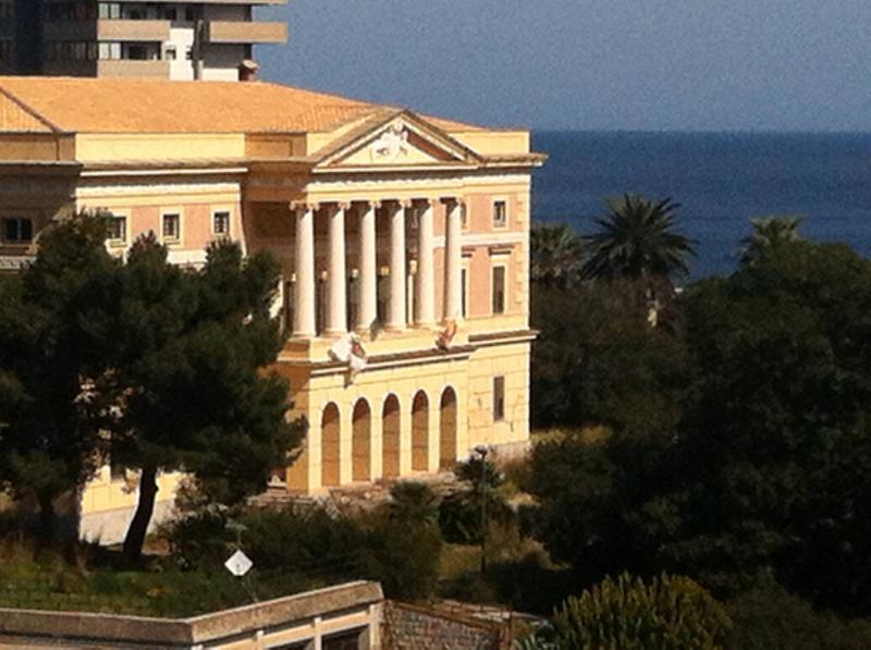 Stunning view on Villa Belmonte, alquiler de vacaciones en Belmonte Mezzagno