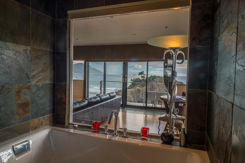 Soaking tub with a view