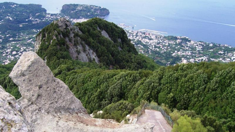 Until you reach the top of Mount Epomeo from which you can enjoy a 360 ° view of the whole island fr