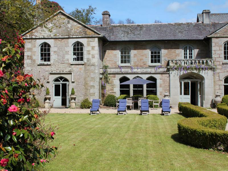 Castle is situated in a secluded wooded valley near Lostwithiel