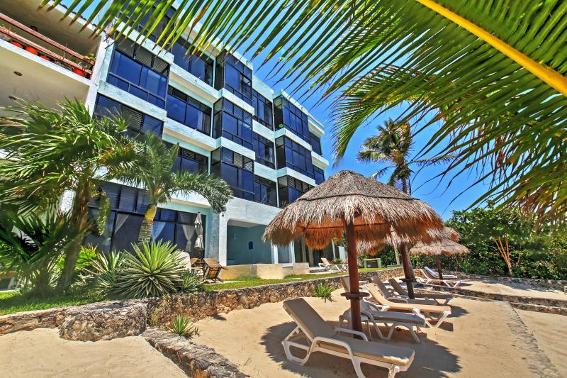 Have the ultimate tropical escape when you stay at this Akumal vacation rental condo