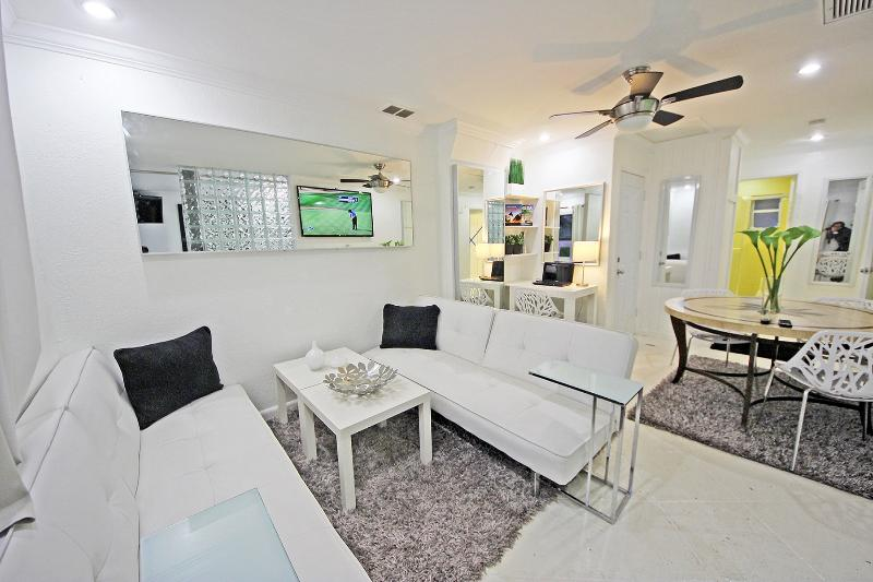 Entertaining Living Room or Third Bedroom