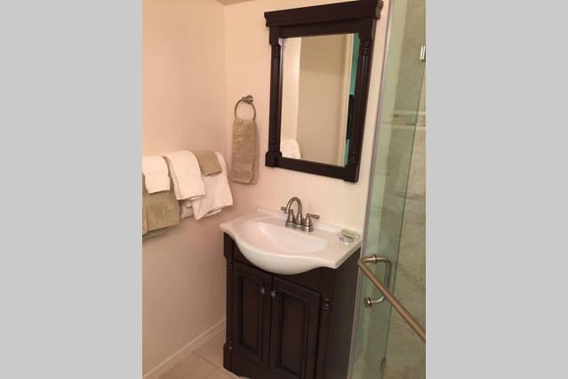 Quaint Brand New Bathroom