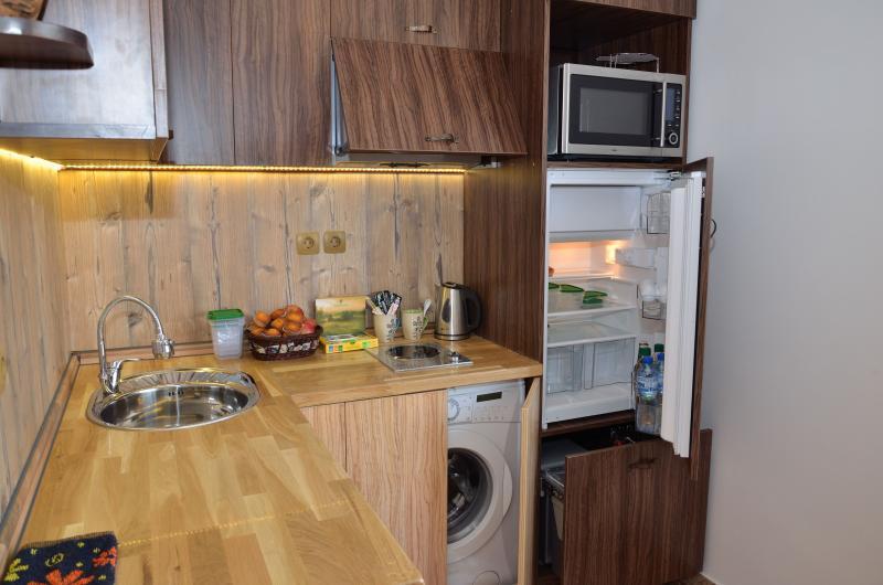 Kitchen, oven, washing machine, refrigerator