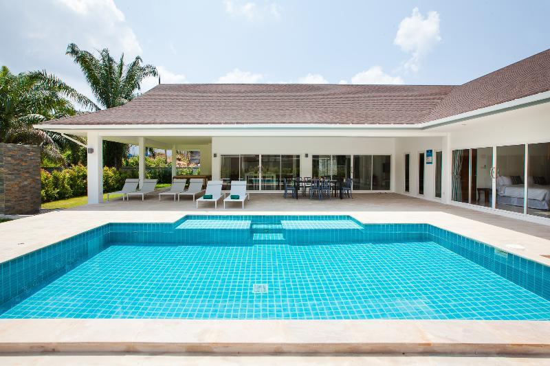 Villa Baan Anna, vacation rental in Ao Nang