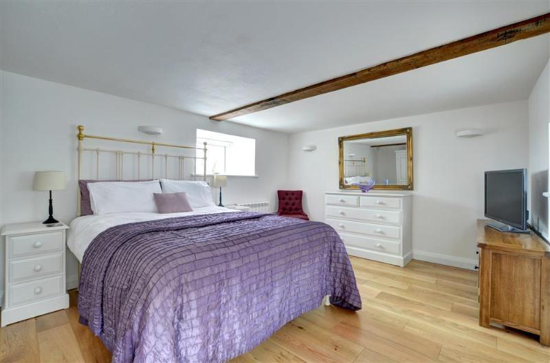Bryn Eithin (FL009), holiday rental in Pentre-Llyn-Cymmer