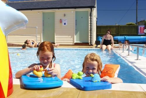 Luxury Seaside Caravan in Beautiful Whitstable, vacation rental in Whitstable