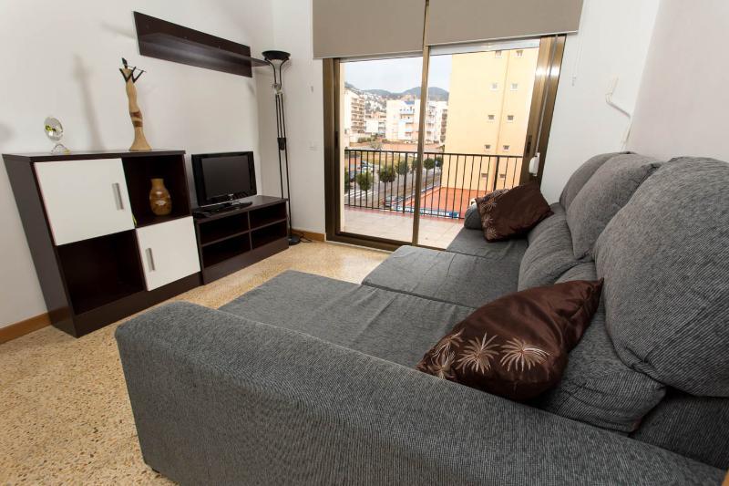 ALQUILER DE PISO EN SITGES A 250 METROS DEL MAR, vacation rental in Sitges