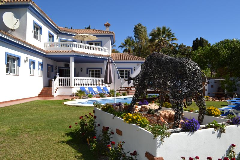 El Torro our stunning statue that over looks the newly landscaped gardens