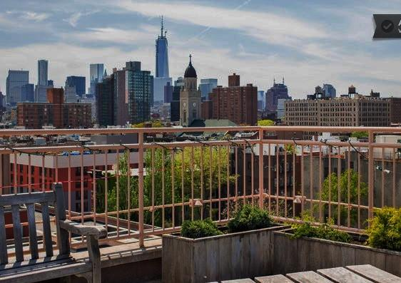 Roof Terrace facing South, Freedom Tower!