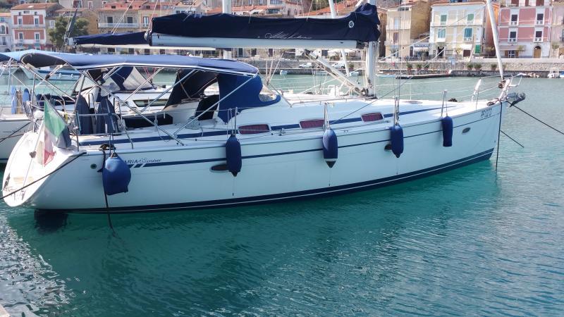 Yacht Bavaria 42 Cruiser: Alba Futura