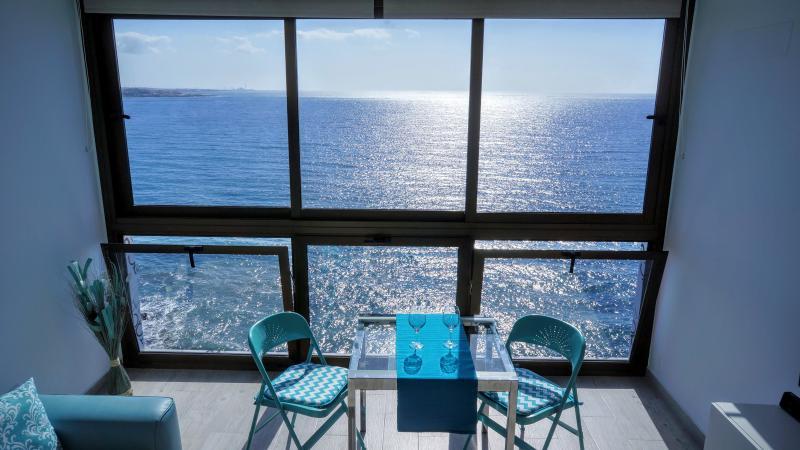 Atlantic luxury loft 1, aluguéis de temporada em Maspalomas