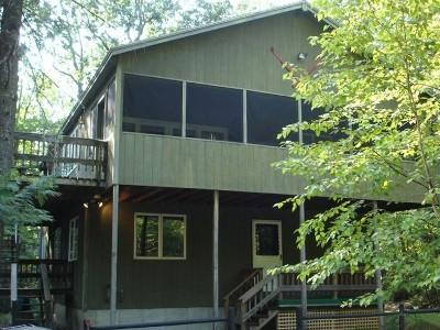 Lux. Spacious 4 BR Chalet - Min. to Beach & Skiing, vacation rental in Harrison