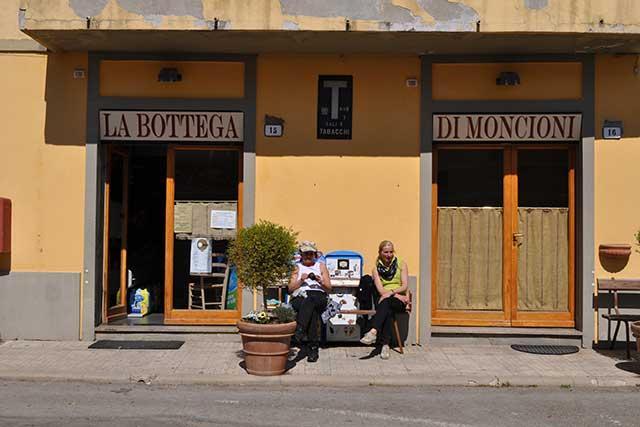 The village shop at Moncioni
