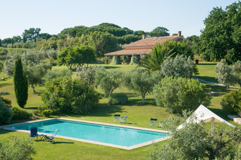 Breathtaking Seaview Villa Toscana, holiday rental in Collecchio