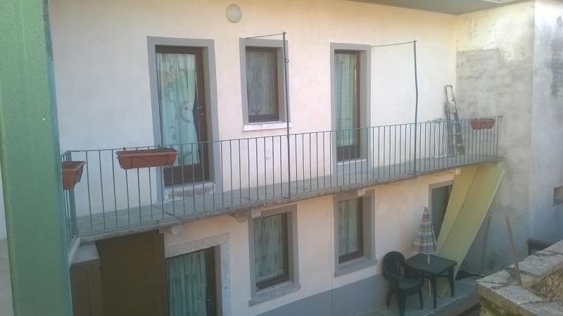 Esterno dell appartamento con balcone