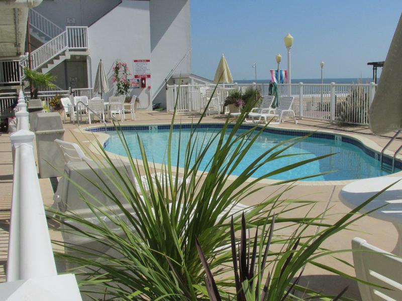 Pool Side Condo Virginia Beach Ocean View par Va Beach Boardwalk