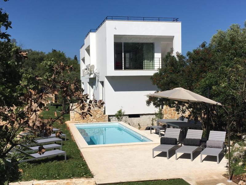 Villa Voukithro, location de vacances à Corfou