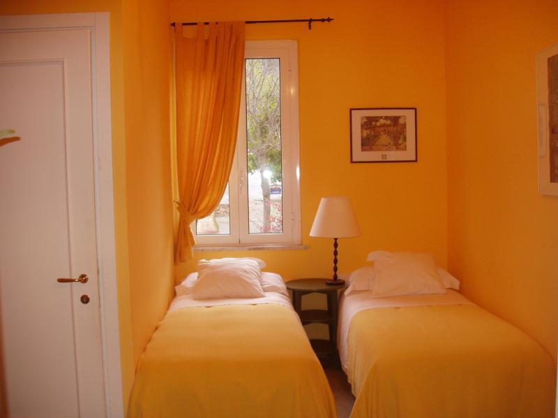 Ai Cinque Campanili - camera GIALLA, holiday rental in Rialto