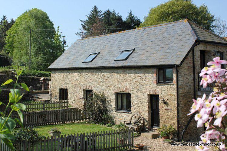 Honeycott, near Wheddon Cross - Converted barn on a working farm in the heart of, vacation rental in Luxborough