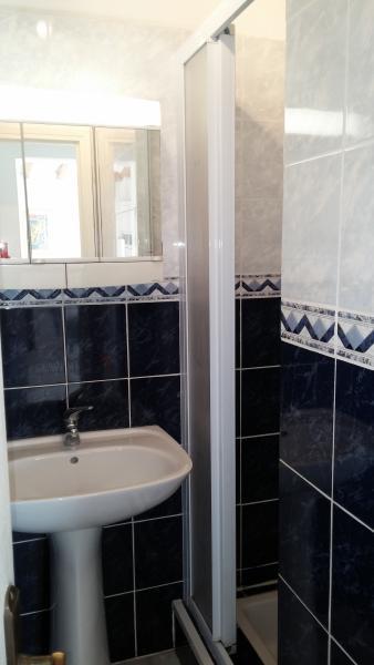 petite salle de bain du rez de chaussée