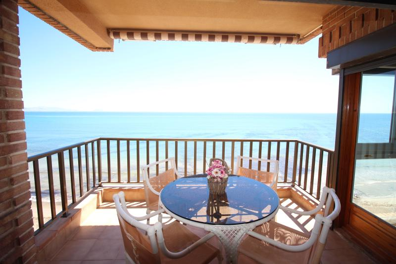 BUNGALOW TORRE DEL MAR 1, vacation rental in Tibi