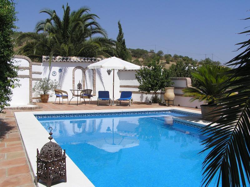 Ferienhaus des Landgutes Finca Lomas de Tienda im Herzen von Andalusien, location de vacances à La Joya
