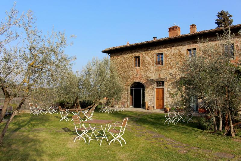 Stunning villa in in Chianti with pool, Margherite, holiday rental in Ponte Agli Stolli