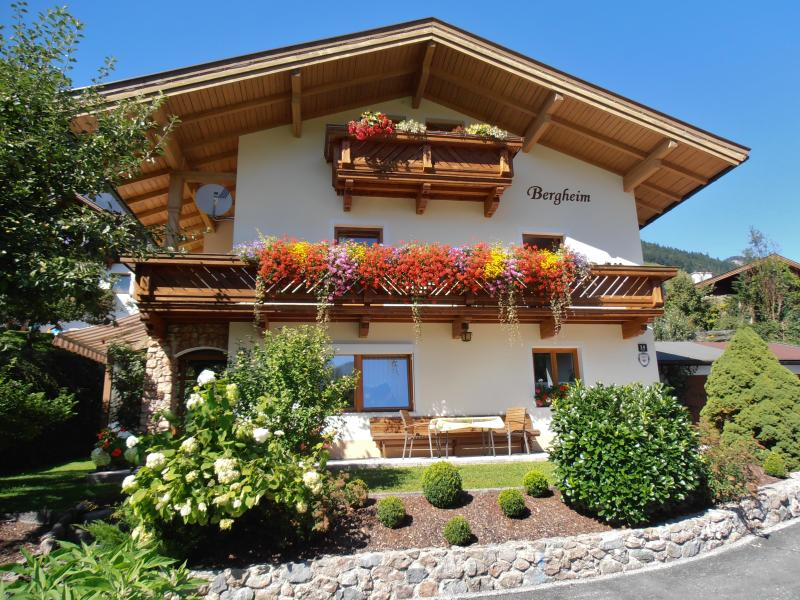 Komfortferienwohnung 'Morgenrot', vacation rental in Walchsee