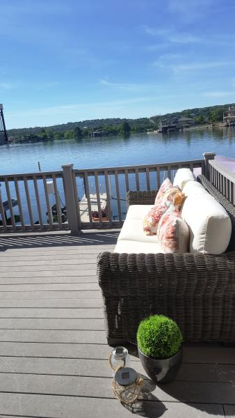 Come Relax on the Deck!