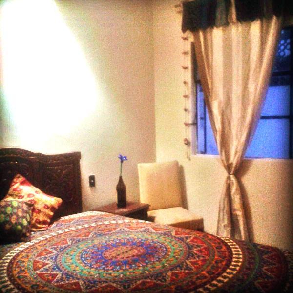 Casa de dani -Luna private room, vacation rental in Guadalajara