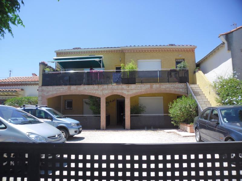 Studio dans une très jolie villa 100m delà plage 1, holiday rental in Argeles-sur-Mer