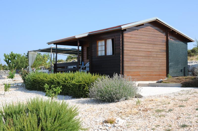 Wooden house in Primosten, for 4 persons, holiday rental in Primosten