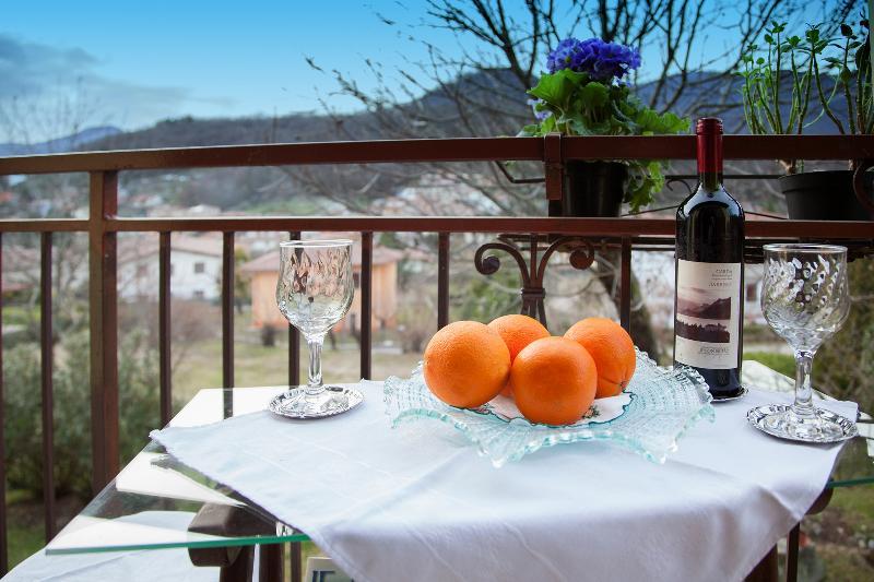 Garda Lake-Romantic B&B MARIENN, location de vacances à Prevalle